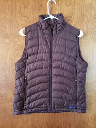 Photo Patagonia Down Sweater Vest WM - $65 (Lotus)