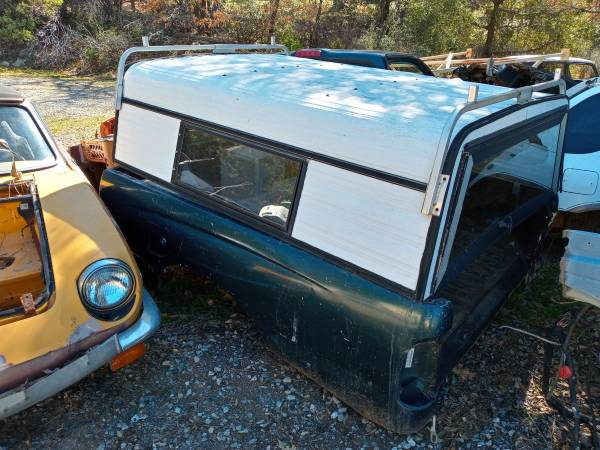 Photo Pickup truck toyota cab bed aluminum cover cer (Somerset)