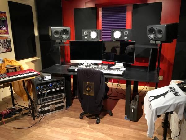 Photo Professional Custom Built Acoustic Studio Panels - $100