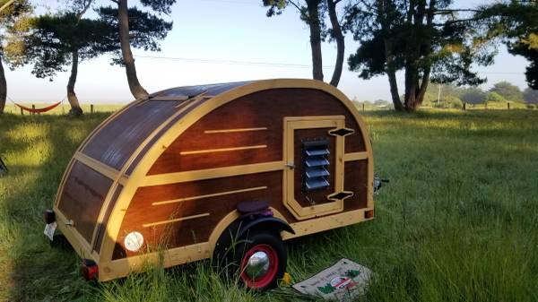 Photo Teardrop Vintage Style Woody Trailer - $14550 (209-296-8471)