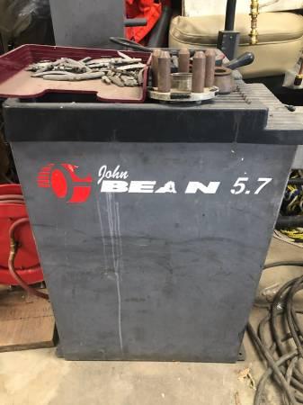 Photo Tire balancer - $850 (Colfax)