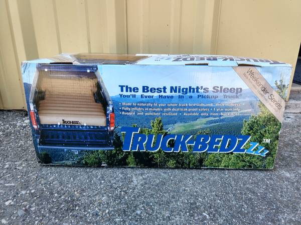 Photo Truck-Bedz Weekender VCSB T1 Toyota Tacoma New - $90 (Grass Valley)