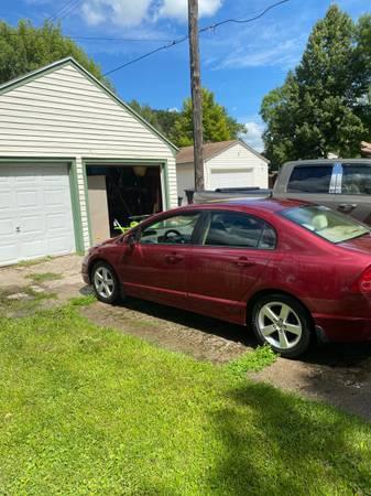 Photo 08 Honda Civic EX 1 OWNER LOW MILES - $7,500 (GRAND FORKS)