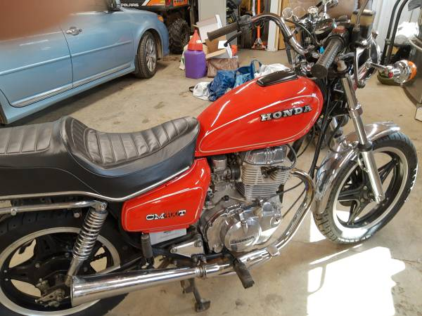 Photo 1981 Honda cm400t mint condition, low miles - $1,900 (East Gull Lake)