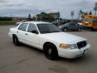 Photo 2009 FORD CROWN VICTORIA POLICE INTERCEPTOR - $2,990 (Emerado)