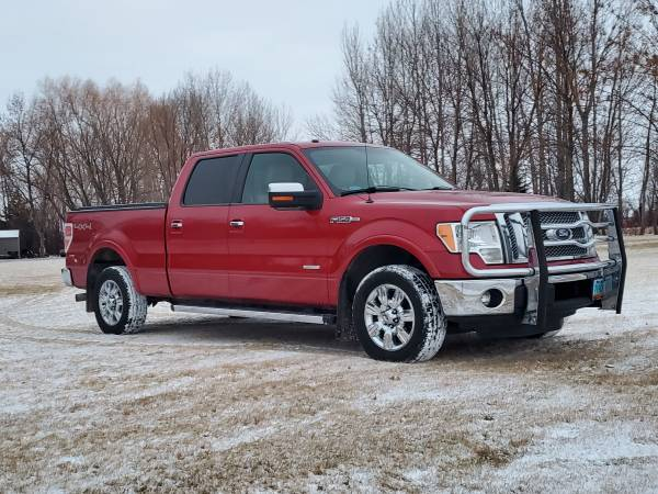 Photo 2011 Ford F150 Lariat Super Crew 4x4 - $15,500 (Grand Forks)