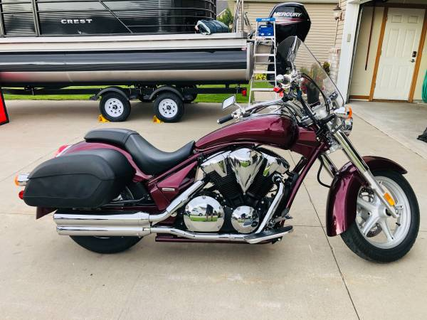 Photo 2012 Honda Interstate 1300 Touring - $6,500 (Grand Forks)
