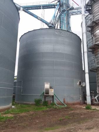 Photo 3639-09 Wide Core Used Butler Grain Bin - $28000