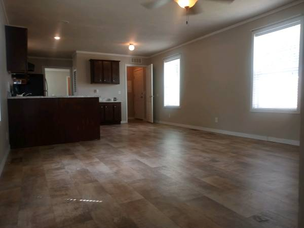Photo 3br2ba WMaster Suite for only $52,500 (Grand Forks)