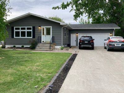 Photo 731 Great Plains Ct House for Sale by Owner (Grand Forks)