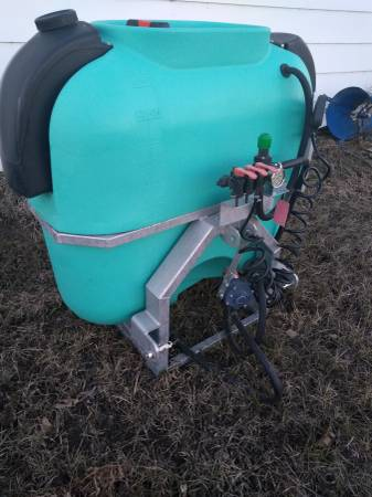 Photo Enduraplas 3 point sprayer - $750 (NECHE)