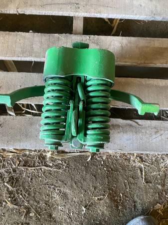 Photo John Deere planter heavy duty adjustable down pressure springs - $400 (Blackduck MN)