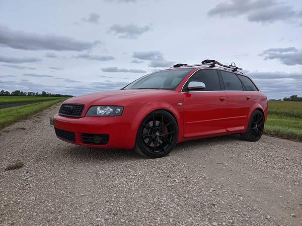 Photo Rare Red 2005 B6 Audi S4 Avant 6MT 4.2L V8 AWD Wagon - $12,500 (East Grand Forks)