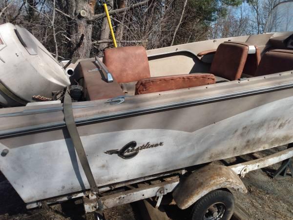 Photo Vintage 1968 Crestliner Del Rio Speed Boat - $500 (Richmond)