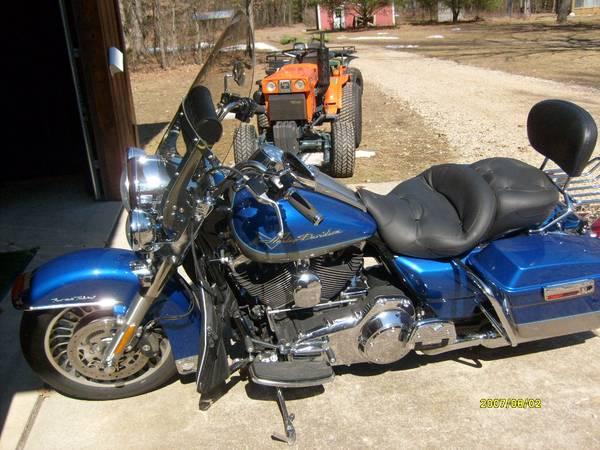 Photo 09 Harley Davidson Road King - $8,500 (Howard City)