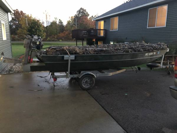 Photo 15 duck boat with mud buddy - $7,000 (Dorr)
