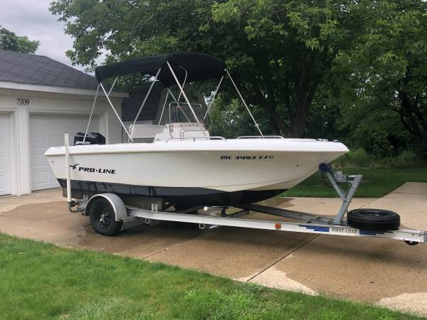 Photo 1999 PROLINE 170 SPORT CENTER CONSOLE BOAT - $12500 (BYRON CENTER)