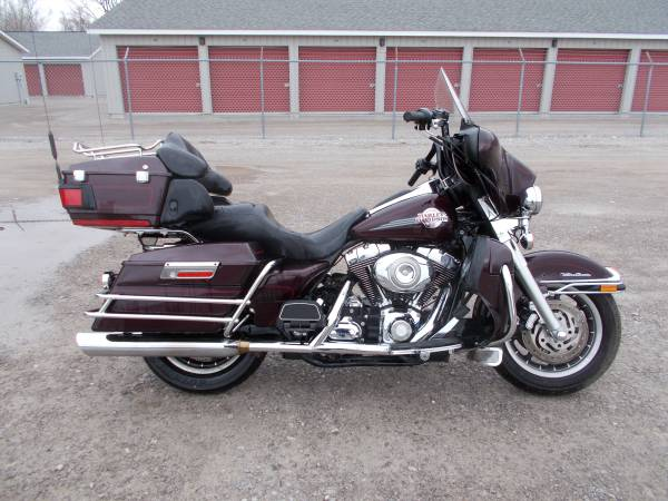 Photo 2007 Harley Davidson Ultra Classic only 19,000 miles - $7,995 (Bay City Mile Maker)