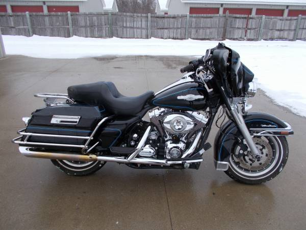 Photo 2008 Harley Davidson Ultra Classic - $4,995 (Bay City Mile Maker)