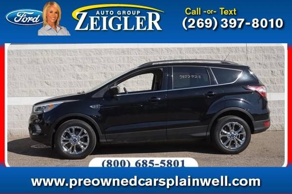 Photo 2017 Ford Escape SE Tech Pkg - $18,500 (_Ford_ _Escape_ _SUV_)