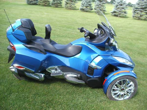 Photo 2018 Can-am Spyder RT Limited - $22,500 (Big Rapids)