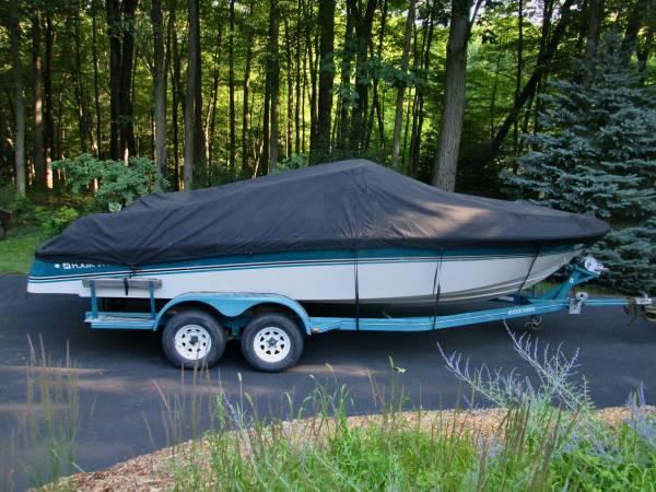 Photo 23 ft. Four Winns 230 Horizon Boat Cover Custom Marine Canvas - $125 (Ada, Michigan  Grand Rapids NE)