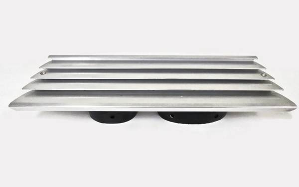 Photo BAYLINER BOATS Louvered Aluminum Intake Exhaust Vent with Collector - $95 (Ada, Michigan  Grand Rapids NE)