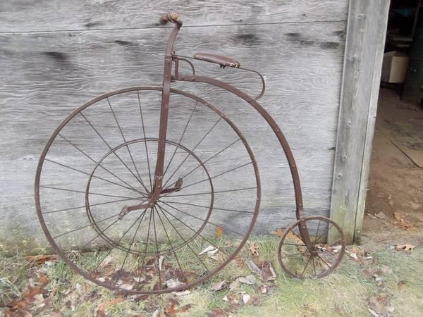 Photo Big Wheel Bike Art Work - $250 (Sparta, MI)