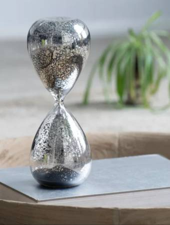 Photo Brand New Leonora Black Sand Mercury Glass Hourglass from Wayfair - $20 (Wyoming)