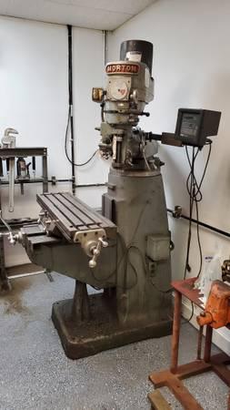 Photo Bridgeport Style Vertical Milling Machine - $1,800 (Grand Rapids)
