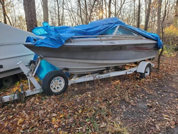 Photo Four Winns 170 Horizon Open Bow Ski Boat Fishing - Project - $1,350 (Allendale)