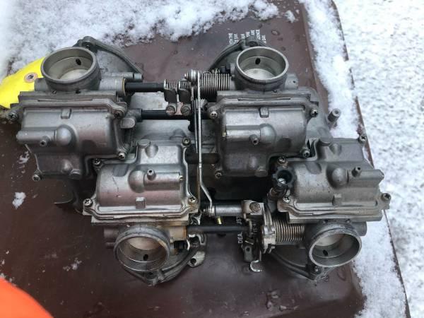 Photo Honda V65 carburetors - $50 (comstock park)