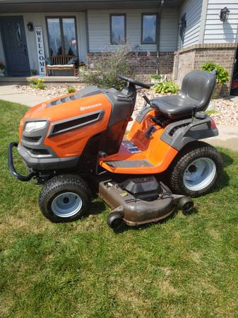 Photo Husqvarna 54quot mower kawasaki engine - $1,500 (walker)