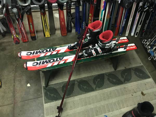 Photo Kids Atomic (130cm) Downhill Ski Pkg. - $125 (NE Grand Rapids)