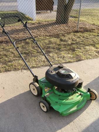 Photo Lawn Boy lawn mower - $125 (Zeeland)