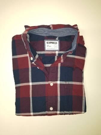 Photo Mens Express, American eagle, Hollister, banana republic shirts - $15 (Lowell)