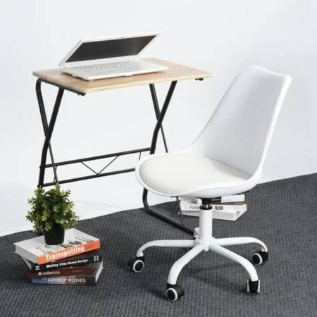 Photo New Blokhus Faux Leather White Desk Chair on Casters w Adjustable Ht - $75 (Wyoming)