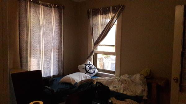 Photo Queen size bed frame and Mattress (Eastern Ave, Grand Rapids)