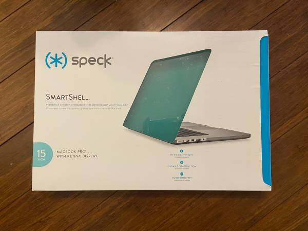 Photo Speck smartshell case for MacBook Pro 15 NEW - $30
