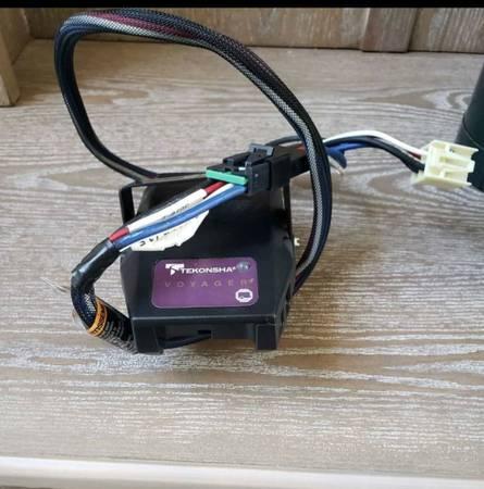 Photo Tekonsha brake controller  Nerf bars - $75 (greenville)