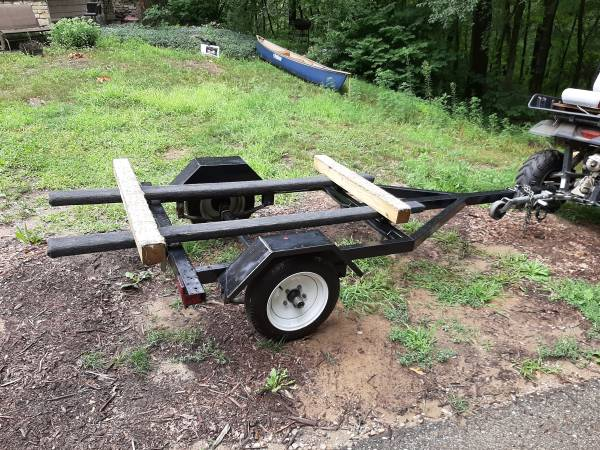 Photo Trailer Chilton PW-44 for waverunner boat canoes etc - $550 (Lowell)