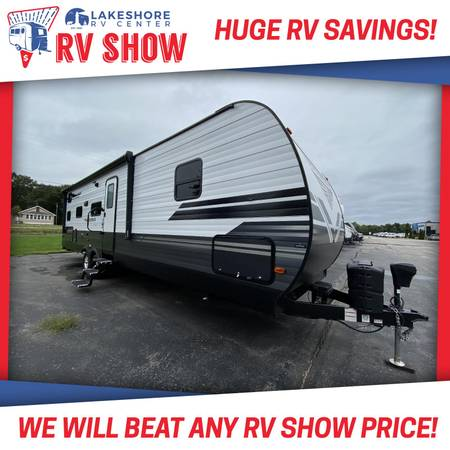 Photo Used Grand Design 2019 Transcend 29TBS Travel Trailer Bunkhouse RV - $22,255