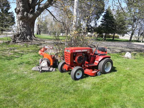 Photo Wheel Horse 1973 Lawn Tractor, Snowblower and Leaf Vacuum 2500 OBO - $2,500 (Grand Rapids)