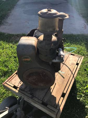 Photo Wisconsin 2 cylinder Air Cooled Engine TFD - $100