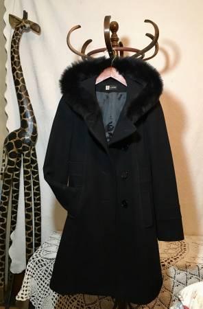 Photo Womens Wool  Fox Fur Peacoat - $40 (Sparta)