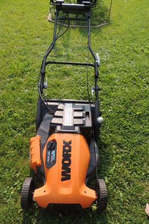 Photo Worx Pace Setter (19quot) 36-Volt Cordless Electric Self Propelled Lawn M - $25 (Walker)