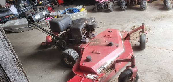 Photo Zero turn snapper commercial mower - $700 (Newago)
