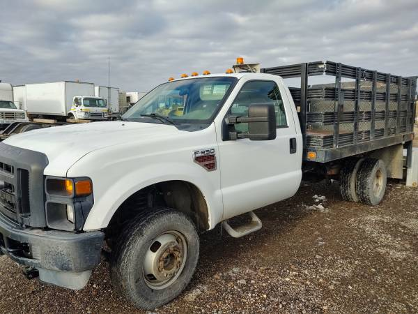 Photo 2008 F350 4x4 Stake Bed Dually - $15000 (Great Falls)