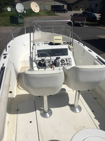 Photo Boat Center Console Fishing - $15,500 (Marion)