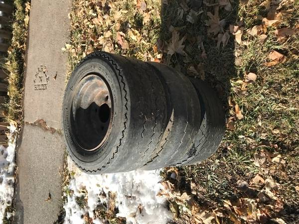 Photo Curb Alert - Free Stuff 525 N Bozeman Ave